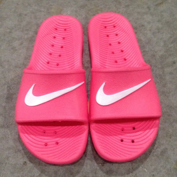 WMNS NIKE KAWA SHOWER SANDALS SWOOSH WOMENS PINK aa90ce463